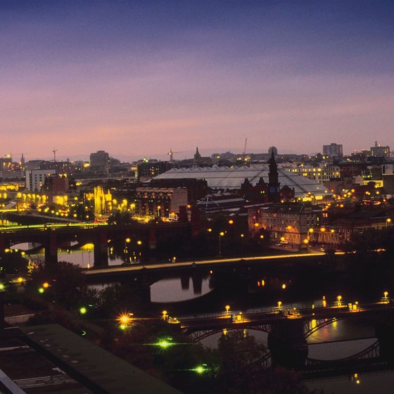Glasgow offers visitors a choice of more than 12,000 hotel rooms.