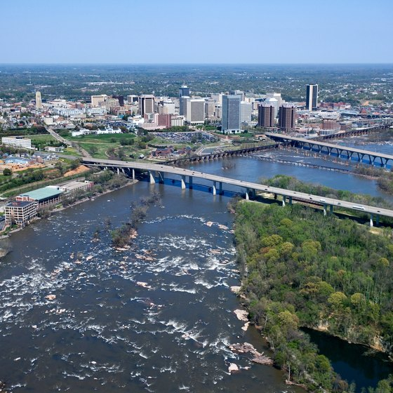 The James River runs alongside Richmond, Virginia, providing opportunity for adventure.