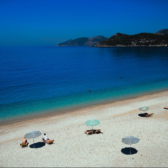 Wide-open beaches sprinkled with colorful umbrellas are a typically Turkish idyll.
