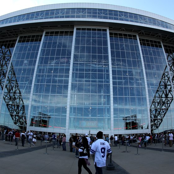 The Dallas Cowboys' glitzy new stadium can be part of a family-friendly tour.