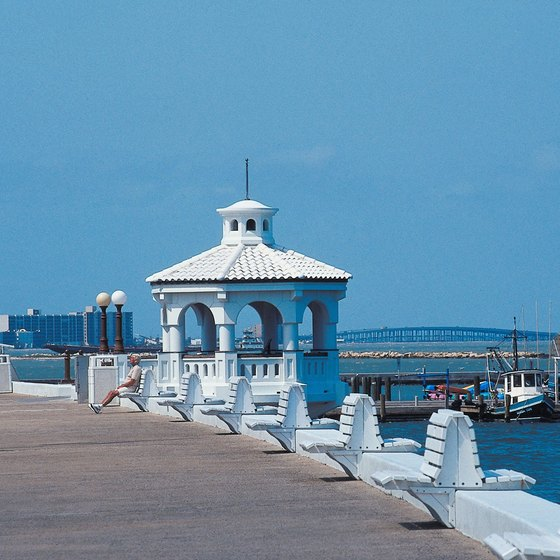 Galveston, Texas, has many RV resorts.