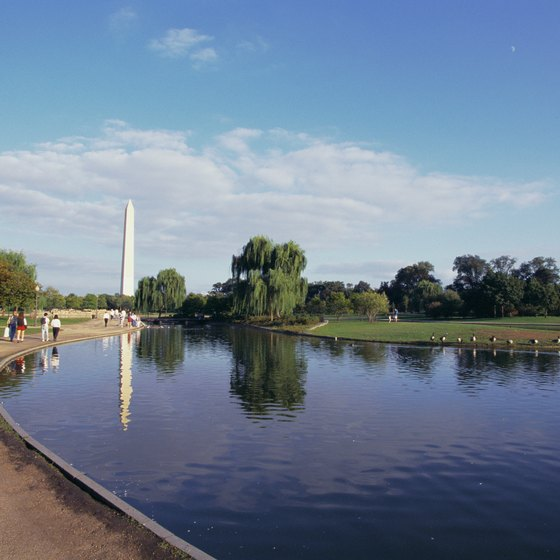 The Washington Monument is one of many points of interest within walking distance of K Street hotels.
