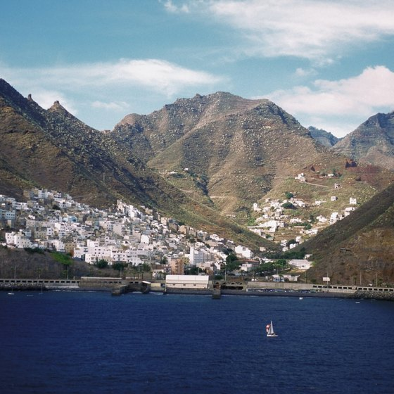 Mountains provide the backdrop for Santa Cruz harbor on Tenerife.