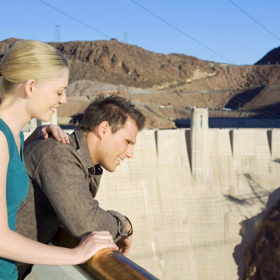 Take a tour at the nearby Hoover Dam.