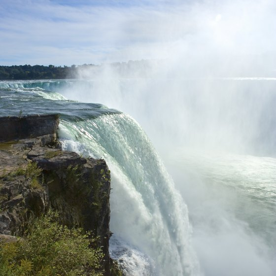 Breathtaking views make Niagara Falls a classic romantic destination.