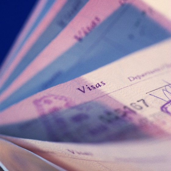 U.S. travelers must obtain their U.K. visa before entering England.