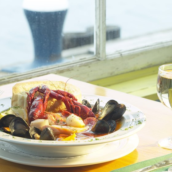 Dine on fresh seafood at one of Havre de Grace's local restaurants.