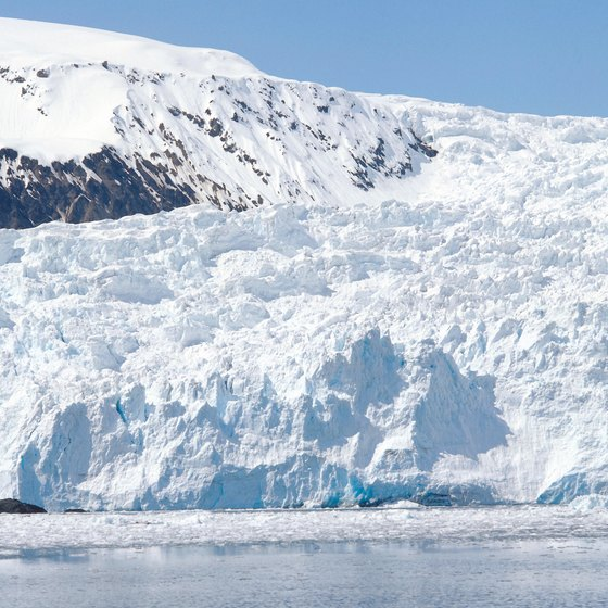 Glaciers are just one attraction that draws cruisers to Alaska.