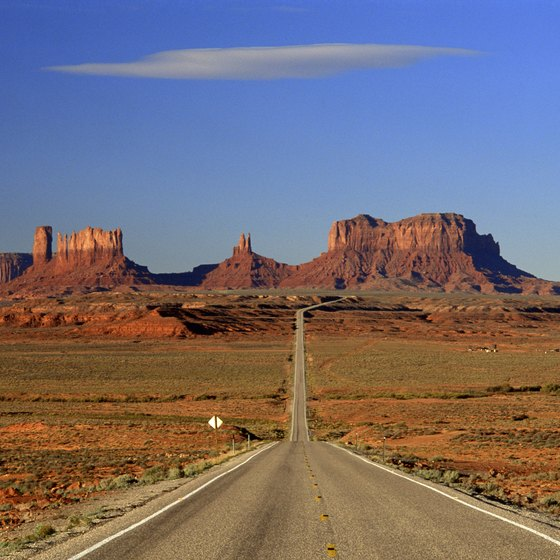 Monument Valley on the Utah-Arizona border is a scenic highlight of the American Southwest.