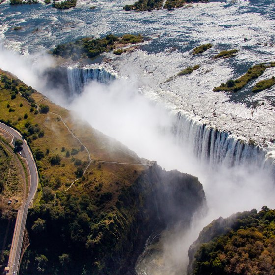 The Best Time to Visit Victoria Falls in Africa
