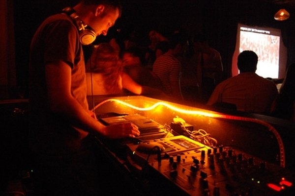 Some DJs use playlists on their laptops or use digital software to simulate record scratching.