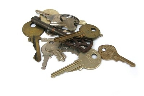 how do i get new keys made for a mercedes it still runs your ultimate older auto resource. Black Bedroom Furniture Sets. Home Design Ideas