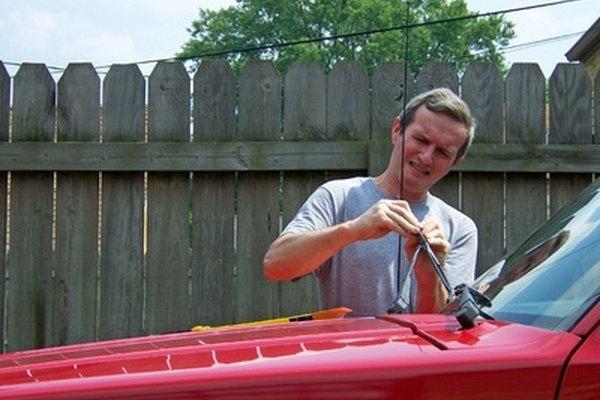 Silicone Vs Rubber Wiper Blades It Still Runs Your