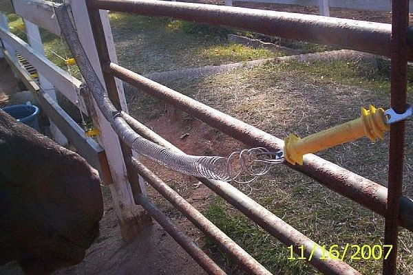 How To Install An Electric Fence For Your Horse Animals