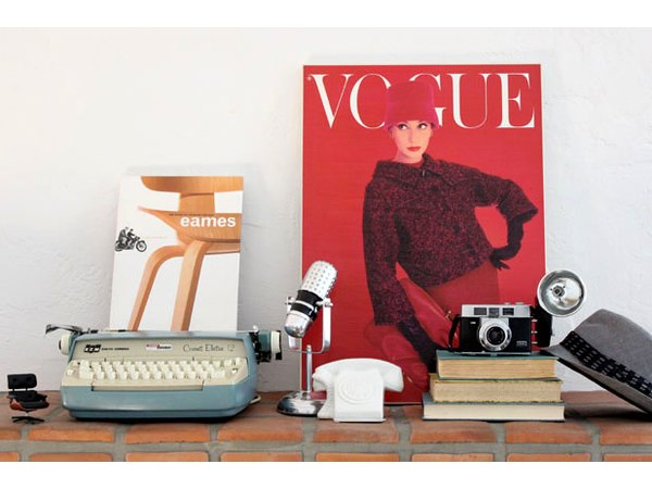 10 Creative Ideas On Decorating Your Mantel With Pictures