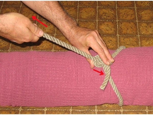 Adjusting the Knot around a bundle.