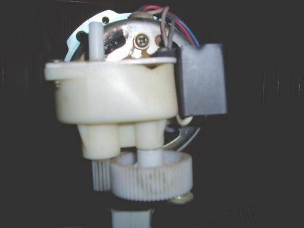 A back view of the gearbox and the lever gear