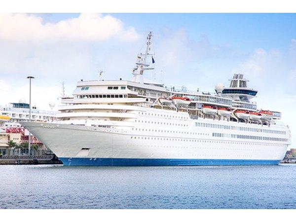 26 Simple Cruise Ship Pay Scale | Fitbudha.com
