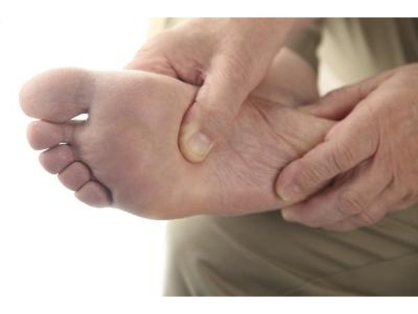 Pseudogout is hard to diagnose because it is so similar to regular gout.