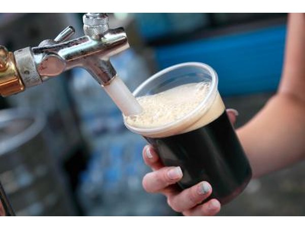 Dark beers have less carbonation.