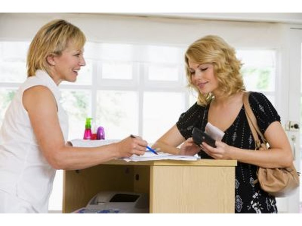 Description of Your Job Role in a Hair Salon (with Pictures) | eHow