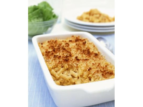 Macaroni and cheese can be a good casserole to serve to youth.
