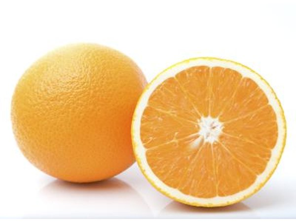 Oranges and acidic food can be painful to eat with a tongue ulcer.