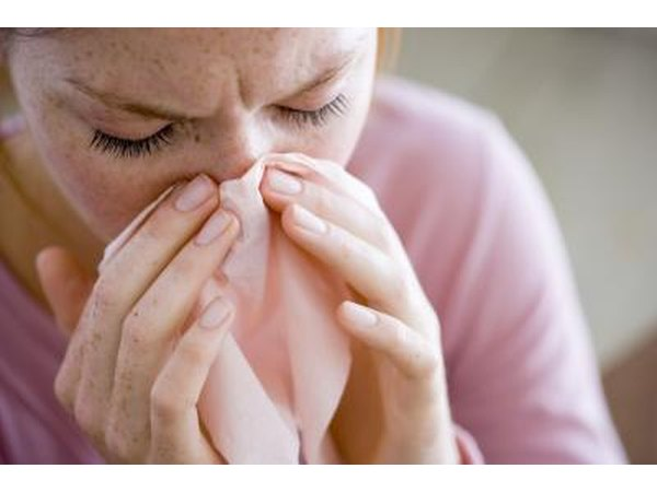 Viral conjunctivitis is the type associated with the common cold