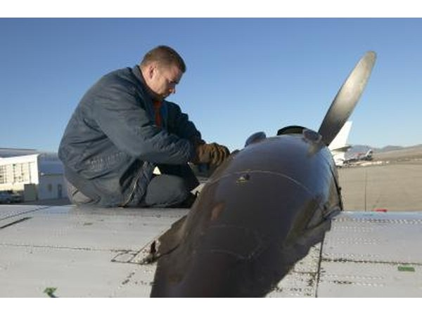 Avionics Communications Equipment Repairer (MOS 94L)