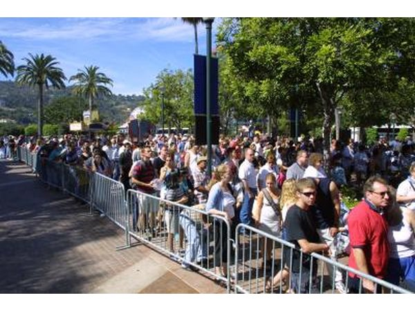 Visitors lining up to front gate to Universal Studios Hollywood