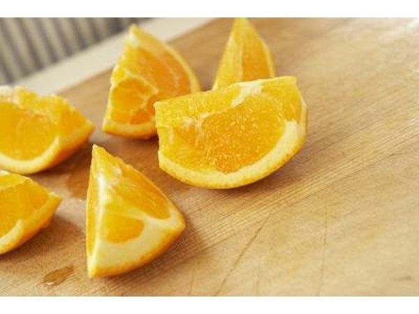 Oranges contain folic acid.