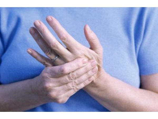 Heel of hand pain can stem from a bruise, strain, tendinitis, arthritis or De Quervain's tenosynovitis syndrome.