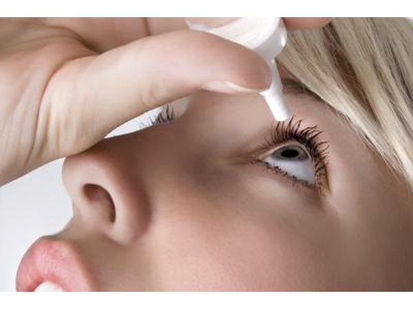 Eye irritation may be a symptom of innk poisoning.