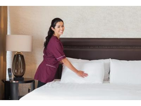 Head Housekeeper's Checklist (with Pictures)   eHow