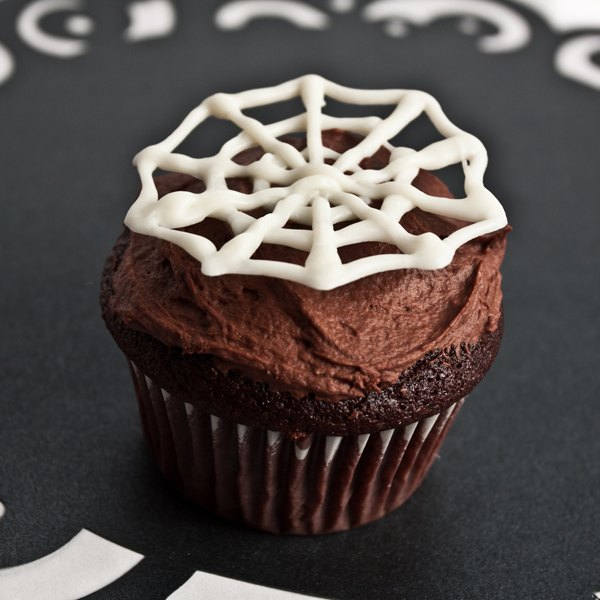 Spooky Spider Web Cupcake Toppers | eHow