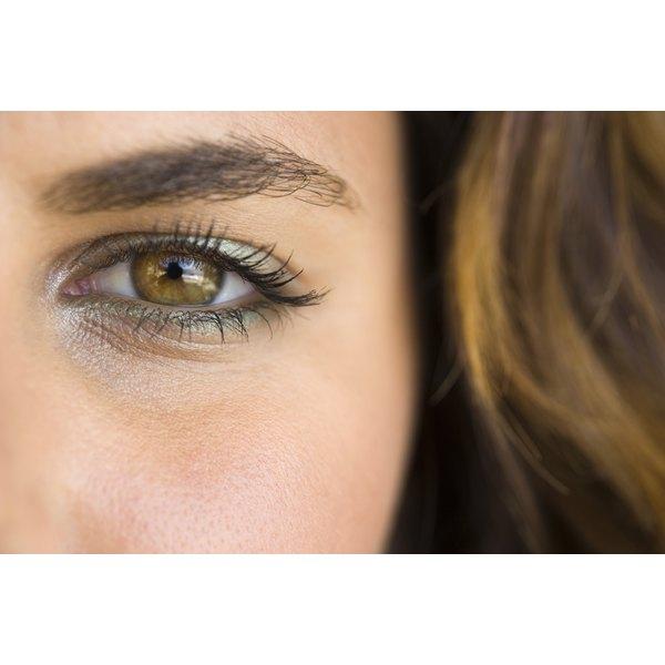8 Makeup Basics For Brown Eyes Ehow