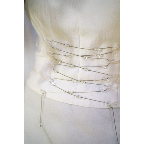How to design your own wedding dress online for free our for Design your own wedding dress online for free