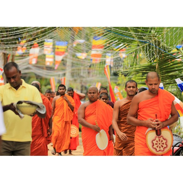 buddhist singles in scotts Buddhist singles 100% free buddhist singles with forums, blogs, chat, im, email, singles events all features 100% free.