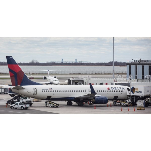 Delta Reports Higher Than Expected Quarterly Earnings