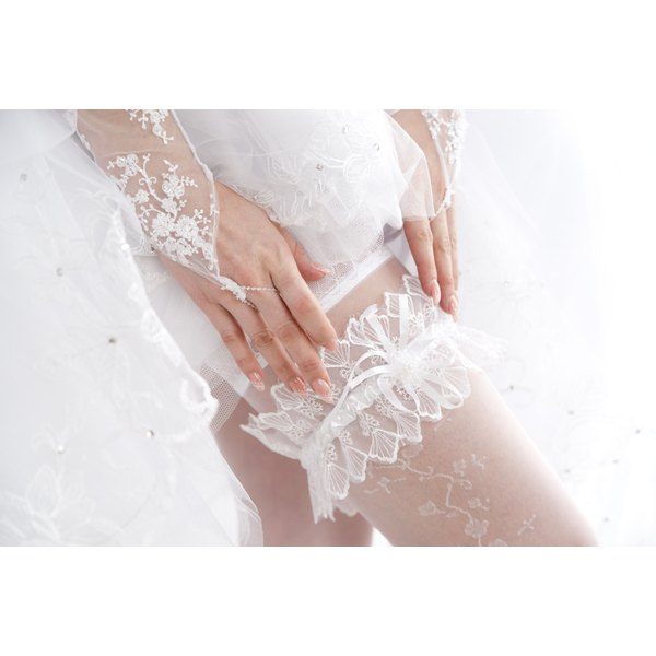Wedding Garter Symbolism: What Is The Meaning Of A Wedding Garter?
