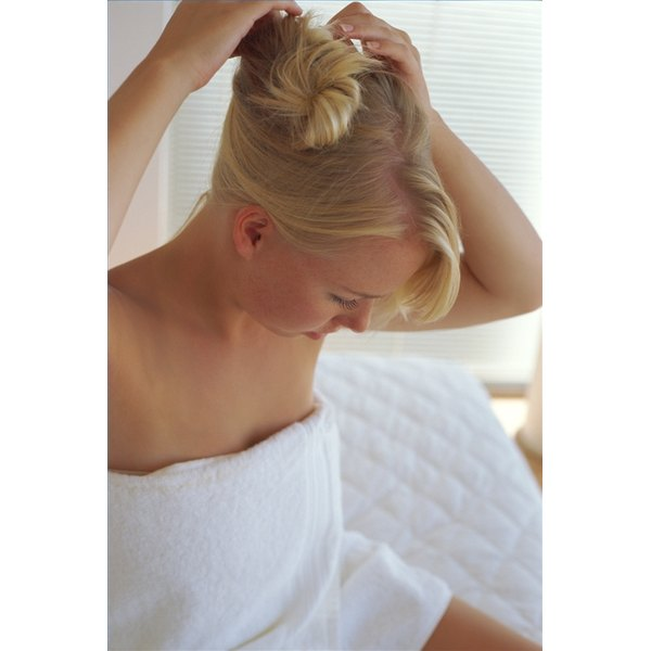 Keep an Updo in Place