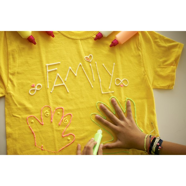 Puff paint ideas for t shirts our everyday life Puffy paint shirt designs