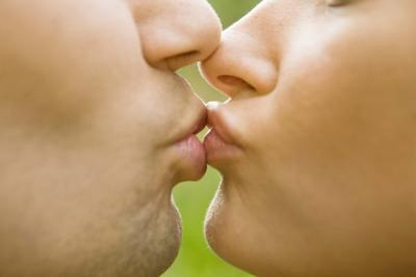 Fun kissing and dating games