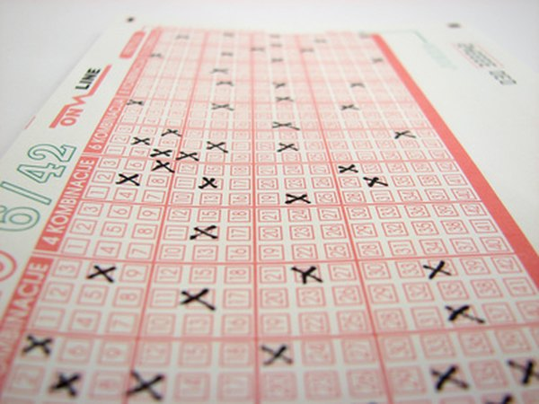 Lottery winners must choose between a lump sum and annual payments.