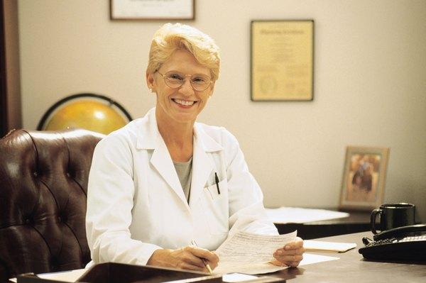 Job Description of Quality Improvement Health Care Specialist - Woman
