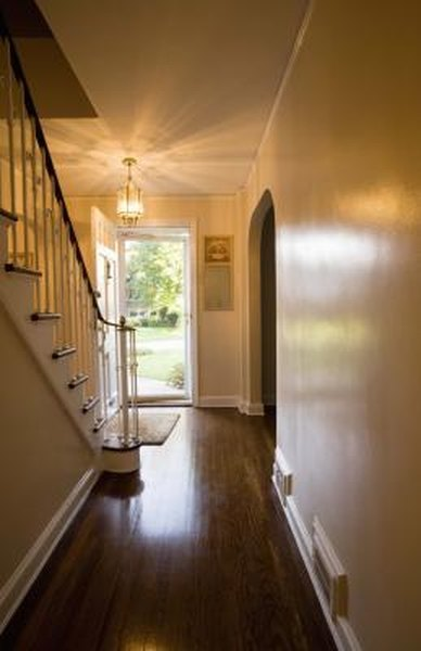 How to decorate hallways in a colonial home home guides sf gate