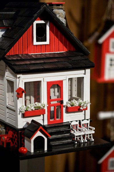 women liberation in the play a dolls house by henrik ibsen 13032012  the article that i found about henrik ibsen's play a doll's house was written by joan templeton the article, which is named the doll's house backlash.
