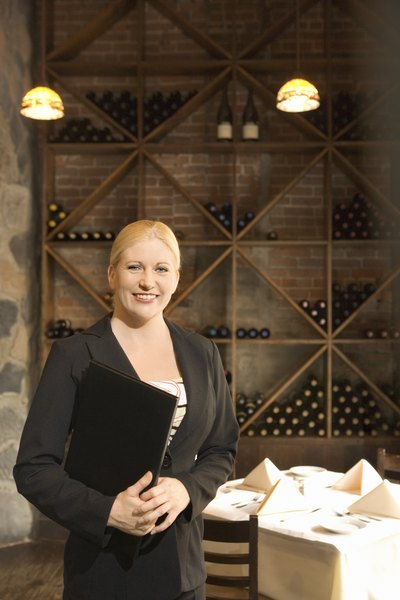 Head Waiter Job Description - Woman
