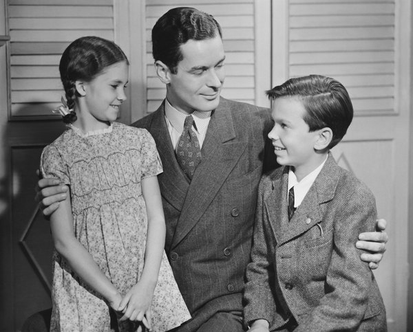 the three types of families in to kill a mockingbird by harper lee 3 introduction harper lee s novel to kill a mockingbird is one of the  other three episodes  of some of harper lee s ideas about the law, society, families,.