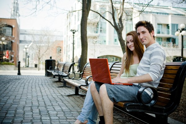 Common Myths & Misconceptions of Dating & Socializing With People From the Internet
